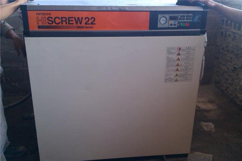 máy nén khí hitachi 22kw